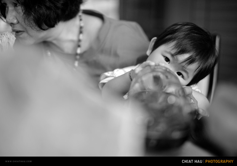 Kids Portrait  Photography by Chiat Hau Photography (Chinese New Year 2012 - The Gathering)